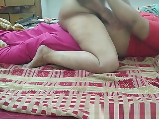 Indian Couple Fuck At Home (1)