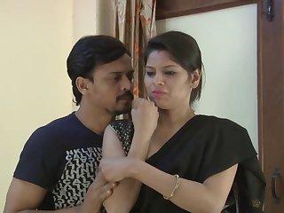 Indian Bhabhi Exposing Big Tits  Hd